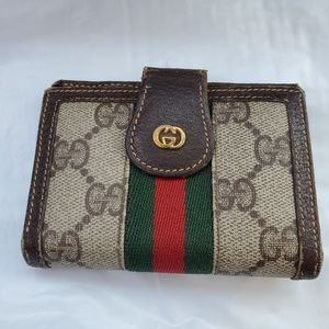 Authentic Gucci mini wallet